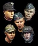 1-35-WW2-German-Head-Set-2