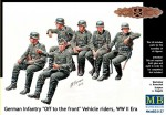 1-35-German-infantry-Off-to-the-front-vehicle-riders