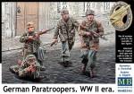 1-35-German-Paratroopers-WW-II-era