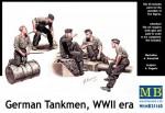 1-35-German-tankmen-WWII-era