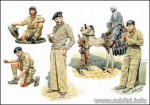 1-35-Commonwealth-AFV-crew