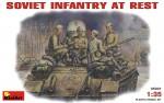 1-35-SOVIET-INFANTRY-AT-REST