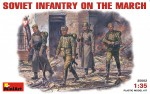 1-35-SOVIET-INFANTRY-ON-THE-MARCH