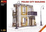 1-35-POLISH-CITY-BUILDING