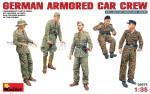 1-35-German-armored-car-crew