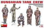 1-35-Hungarian-tank-crew