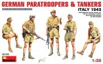1-35-German-paratroopers-and-tankers-Italy-1943