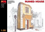 1-35-Ruined-house