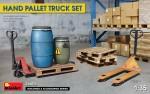 1-35-Hand-Pallet-Truck-set-incl-decals