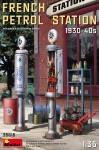 1-35-French-Petrol-Station-1930-40s
