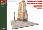 1-35-Diorama-with-ruined-house
