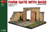 1-35-Farm-gate-with-base