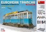 1-35-European-tramcar-Strassenbahn-Triebwagen-641-with-crew-and-passengers