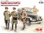 1-35-Kapitan-Saloon-staff-car-with-Soviet-staff-personnel