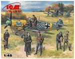 1-48-Bf-109F-2-with-German-pilots-and-ground-personnel