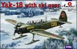 1-72-Yak-18-with-ski-gear