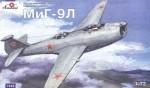 1-72-Mikoyan-MiG-9L-Soviet-experimental-plane