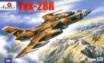 1-72-Yakovlev-Yak-28R-Soviet-Jet-Fighter-Bomber-reconnaissance-version