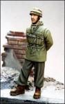 1-35-German-Paratrooper