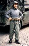 1-35-Panzer-mechanic