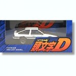 1-43-Toyota-Sprinter-Trueno-w-Carbon-Bonnet-Takumi-Fuji