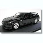 1-43-Nissan-GT-R-R-35-Super-Black