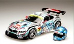 1-24-GSR-Hatsune-Miku-BMW-Z4-GT3-2012-S-GT300-Fuji-w-Helmet
