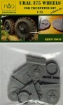 1-35-URAL-375-Road-wheels-w-o-tire-TRUMP
