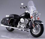 1-12-HARLEY-DAVIDSON-2013-FLHRC-Road-King-Classic