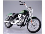 1-12-HARLEY-DAVIDSON-2013-XL-1200V-Seventy-Two-Green