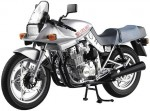 1-12-Suzuki-GSX-1100-S-Katana-SL-Silver