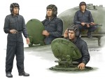 1-35-Soviet-Tank-Crew