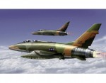 1-72-F-100F-Super-Sabre-TF-100-2-Seater