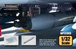 1-32-SUU-23-A-20mm-Vulcan-pod-set-for-F-4-2-Set