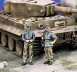 1-35-German-Officers-Europe-1944-45