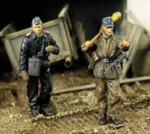 1-35-German-Infantry-and-Tank-Officer-Battle-of-the-Bugle-WWII