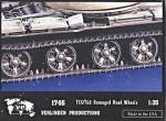 1-35-Damaged-T-55-T-62-Road-Wheels