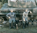 1-35-German-SS-Cavalry-WWII-2-Figures