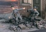 1-35-Ambushed-2-Figures
