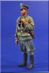 1-16-German-Infantry-Officer-WWII