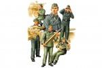 1-35-German-SPG-Crew-Vol-2