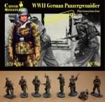 1-72-German-Panzergrenadiers-WWII-in-Winter-Greatcoat-Eastern-Front