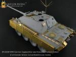 1-35-German-Jagdpanther-Late-Production-Commander-Version-Convertible