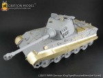 1-35-WW-II-German-KingTiger-Tank-Porsche-and-Henchel-Turret