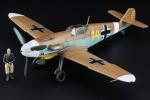 1-48-Messerschmitt-Bf109F-4-Trop-Stern-von-Afrika-Marseille-w-Figure