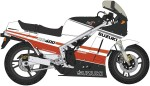 1-12-Suzuki-RG400-Early-Model-Red-White-Color-w-Under-Cowl