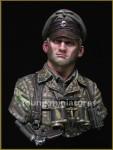 1-10-German-Waffen-SS-Officer-1944