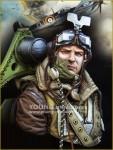1-10-RAF-Spitfire-Mk-l-Pilot-WWll