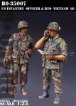 1-35-U-S-Infantry-Officer-and-RTO-Vietnam-68