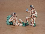1-35-US-Army-modern-soldiers-at-rest-2-fig-